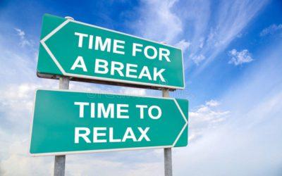 Vacances légales, vacances européennes, vacances seniors, vacances jeunes: que se cache-t-il derrière ces notions? Combien de jours de vacances un travailleur a droit?  Comment les jours de vacances sont fixés? …